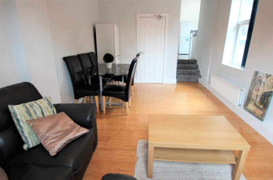 Superb Very Large 5 (All Double) Bedroom Maisonette To Let Heaton Road Newcastle Upon Tyne