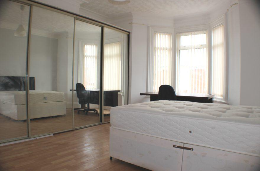 3 Bedroom Upper Maisonette Wingrove Avenue, Fenham Newcastle Upon Tyne
