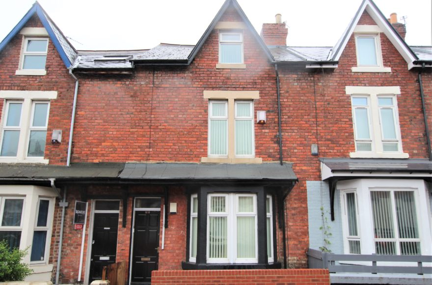 Superb 4 Double Bedroom Student / Professional / Family House To Rent Meldon Terrace in Heaton