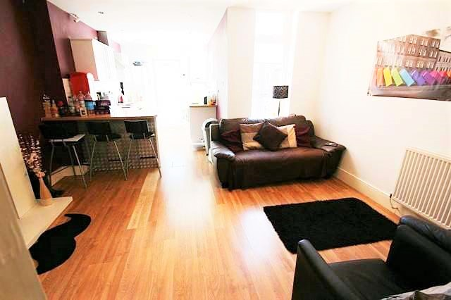 Spaciouse 5 bed Professional /Student Maisonette To Let Second Avenue Heaton Newcastle upon Tyne