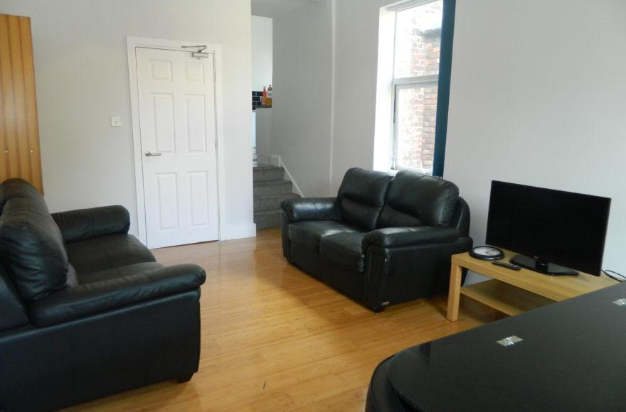 Superb & Very Big 5 Bedroom Student Maisonette To Rent Heaton Road Heaton Newcastle upon Tyne