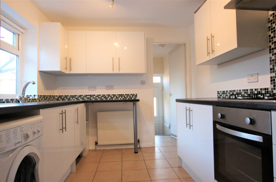 Newcastle Upon Tyne 3 Bed Student or Professional Accommodation To Let Trewitt Rd in Heaton