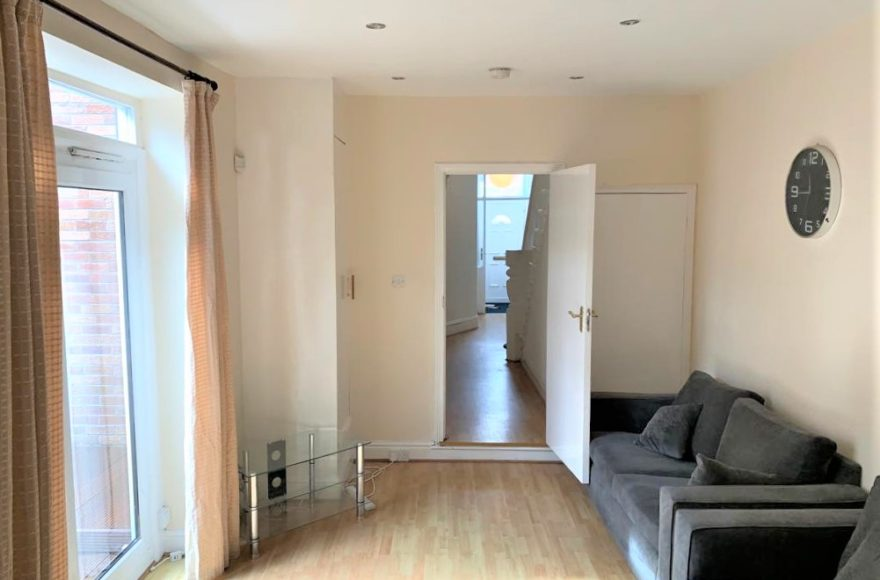 Newly Refurbished 3 Bedroom Student / Professional House To Let Newlands Rd Jesmond Newcastle