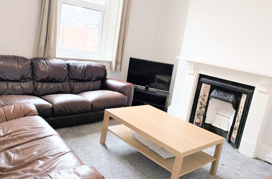 Refurbed Student / Professional 4 Bed Upper Flat To Let Heaton Park Rd Heaton Newcastle Upon Tyne