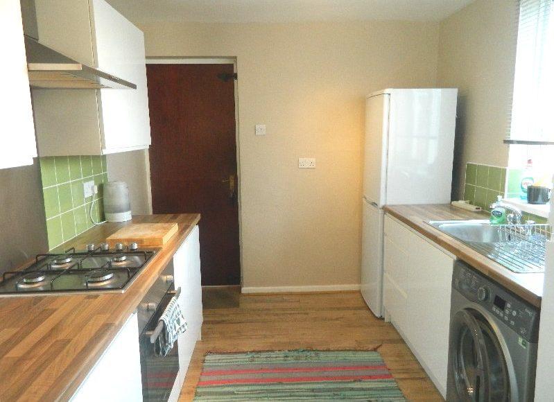 3 Bedroom Flat To Rent Eighth Avenue Heaton