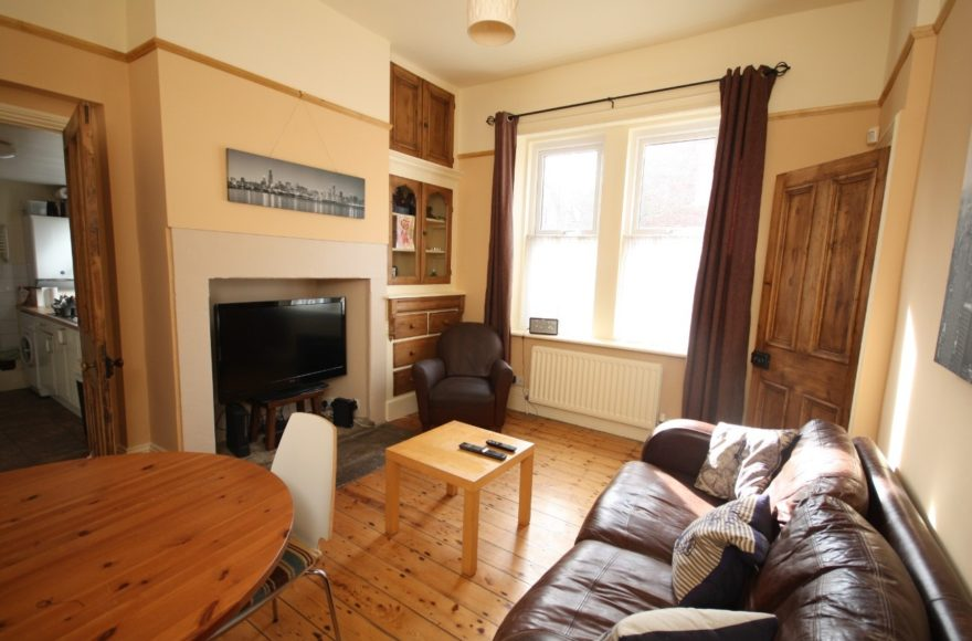 Superb 3 Bed Student or Professional House To Let on Fenham Road, Fenham, Newcastle Upon Tyne