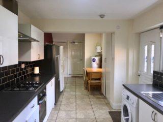 House To Let Cardigan Terrace Heaton Kitchen