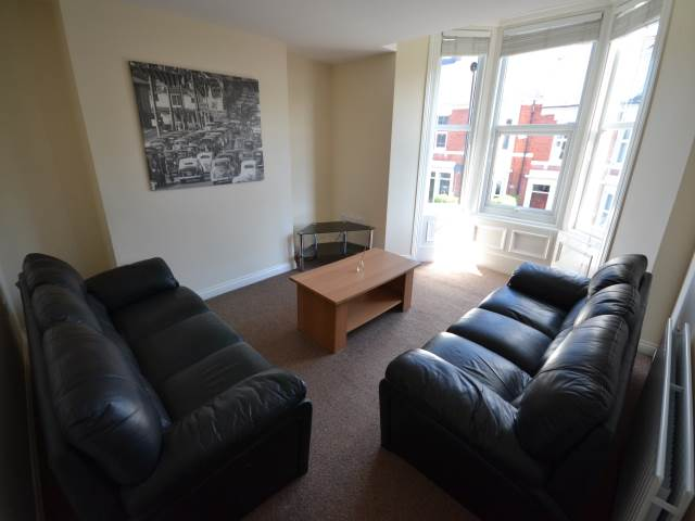 6 Bed Student House Lavender Gardens Jesmond To Let Newcastle Upon Tyne