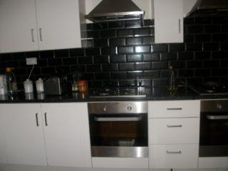House To Let on Westgate Road Newcastle City Center Kitchen