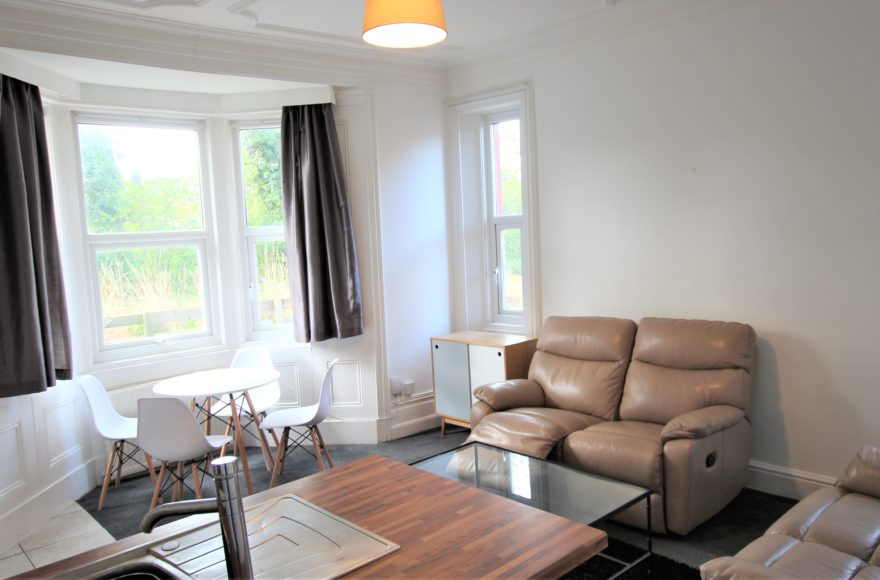 Superb 3 Bed (3 bath) Student / Professional House To Let Second Ave Heaton Newcastle Upon Tyne