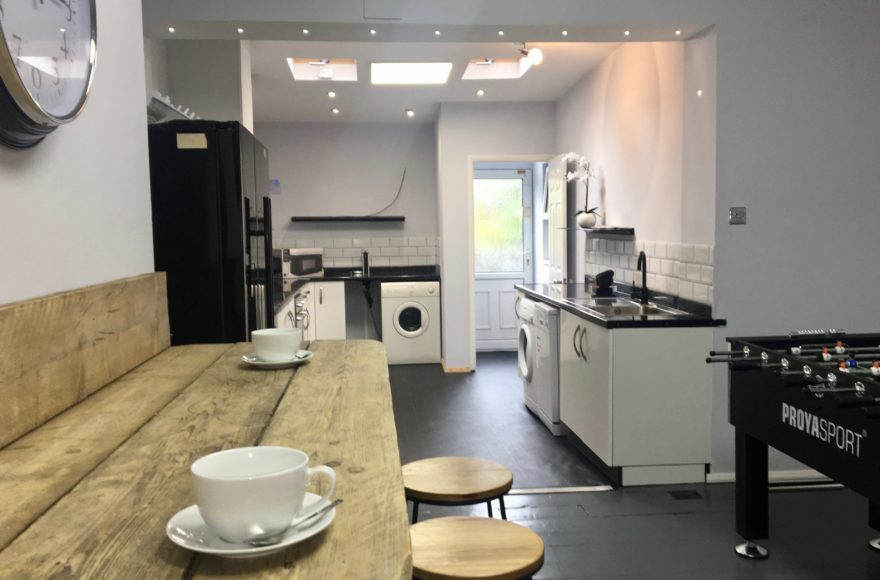 1 Bedroom in a Professional House Share To Rent Jesmond Newcastle Upon Tyne