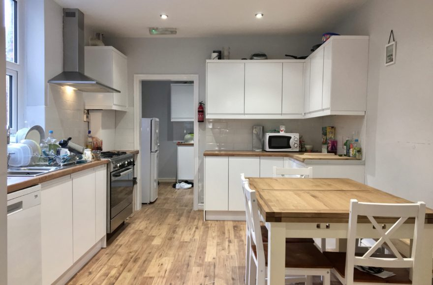 8 Bedroom Student House To Rent on Heaton Road in Heaton Newcastle Upon Tyne