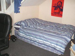Flat TFlat To Rent on Mundella Terrace Heaton Bedroom