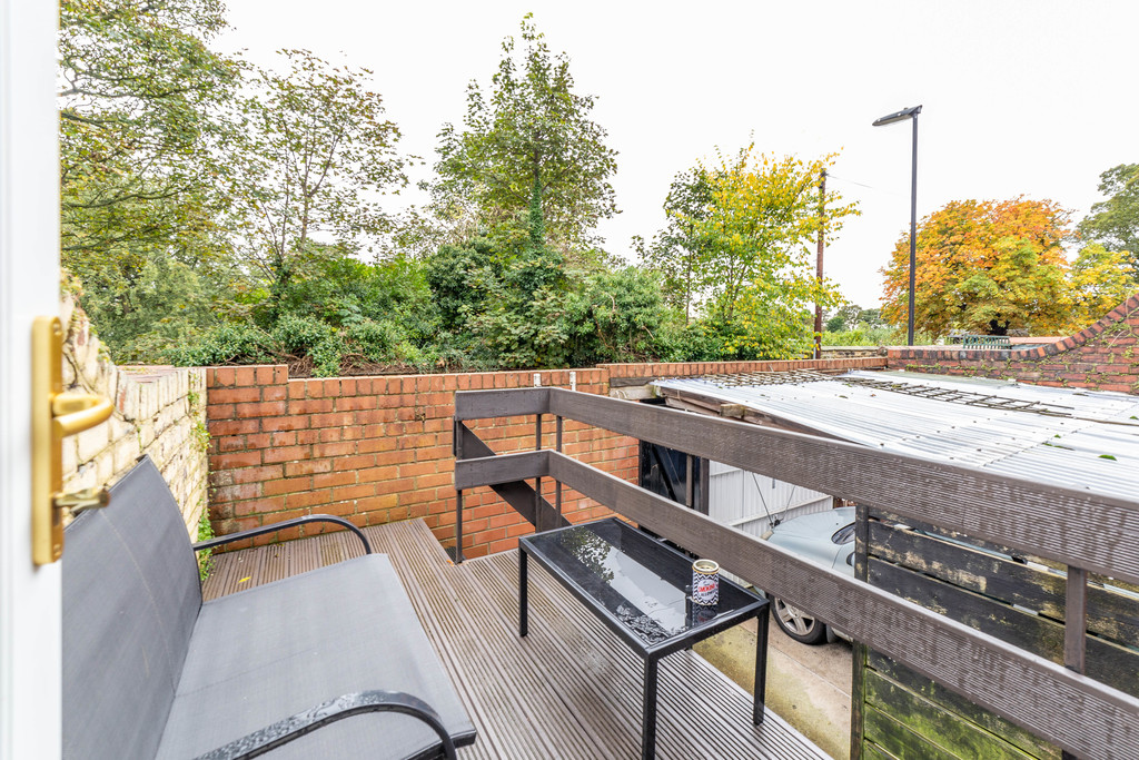 One Of The Best 4 Bedroom Student House To Let on ...