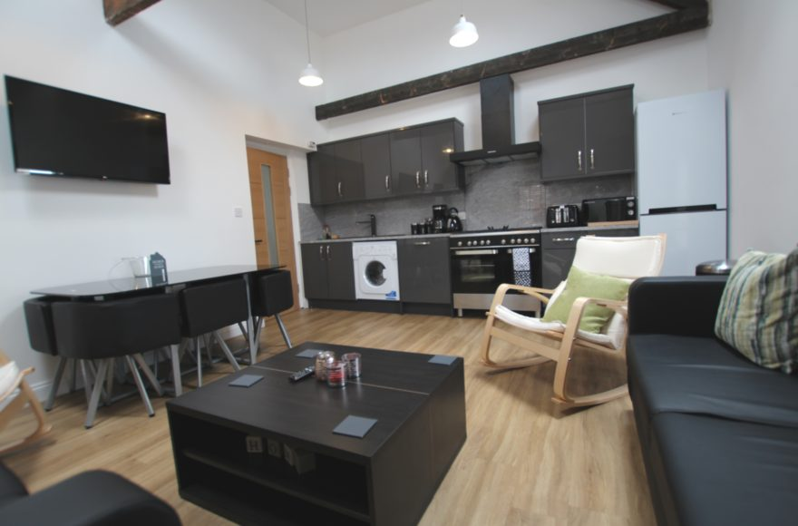 Amazing 3 Bed 3 En-Suites Student Apartment To Let in South Jesmond 8 Mins to both Newcastle Uni's