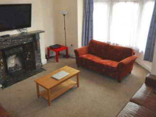 Very Impressive 7 Bed Student HOUSE To Let on Devonshire Place In Central Jesmond Newcastle Upon Tyne