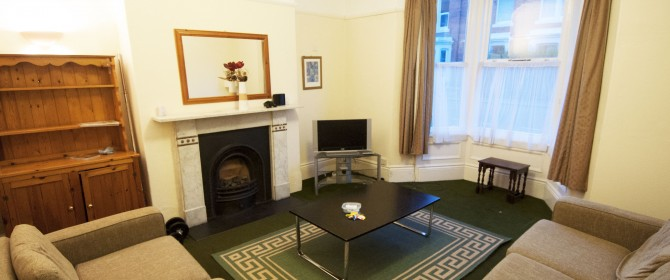 Impressive 6 Bed Student HOUSE To Let on Sunbury Avenue In Central Jesmond Newcastle Upon Tyne