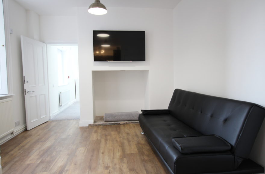 1 Bedroom Apartment To Let on Portland Mews in Jesmond Newcastle Upon Tyne