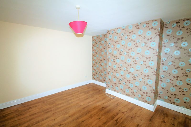 Great 2 Bedroom Professional Student or family Apartment To Let on Clydesdale Road Byker Newcastle