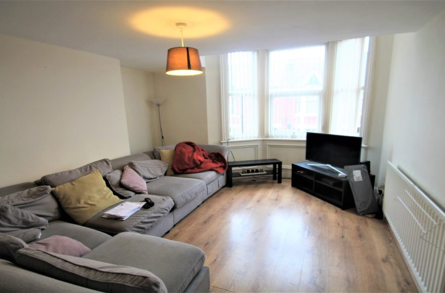 4 Double bedroom Maisonette To Let on Second Avenue, Heaton Newcastle Upon Tyne