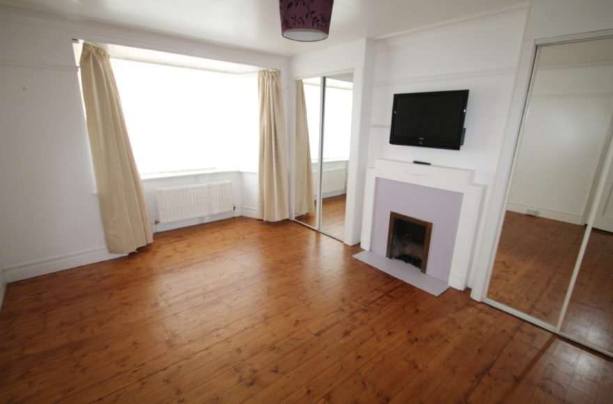 2 Bed Unfurnished Student / Professional Flat To Let on Sackville Road, Heaton, Newcastle Upon Tyne