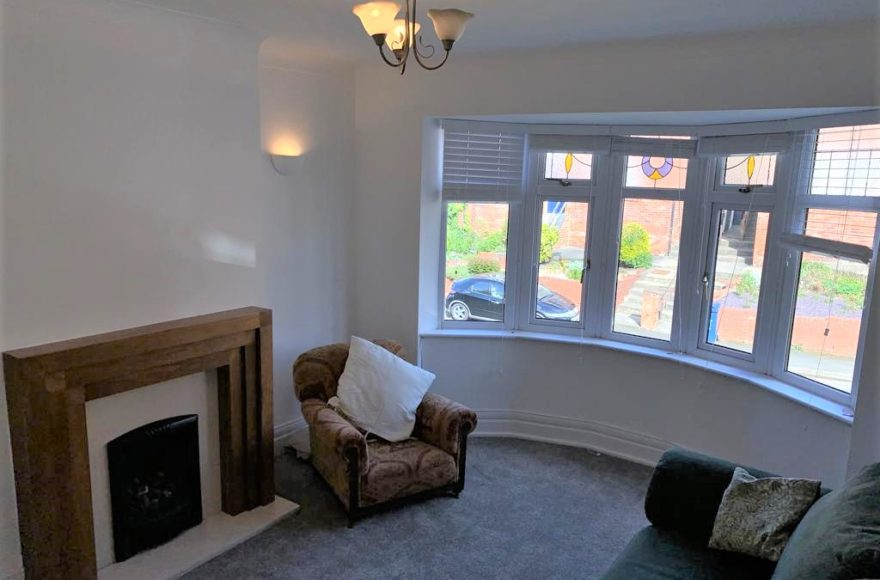 Sensational 3 Bed Professional / Student / Family Upper Maisonette To Let Shaftesbury Grove Heaton