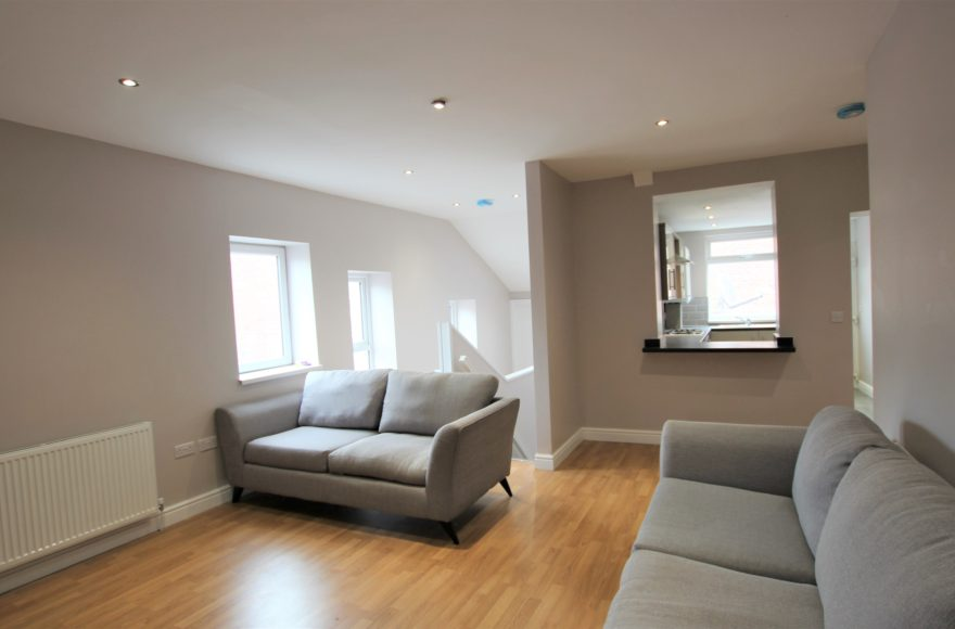 One of the best 4 Double Bedroom Apartments To Rent Heaton on Cardigan Tce Newcastle Upon Tyne