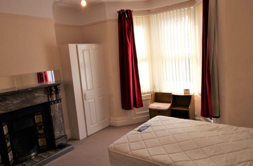 Student or Professional 2 Bedroom Apartment To Rent on Tavistock Rd Jesmond Newcastle Upon Tyne
