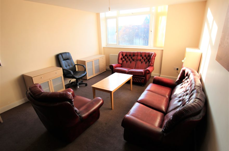 Room to let in a 5 bed House Share High Heaton Newcastle Ideal for Hospital / North Tyneside Professionals