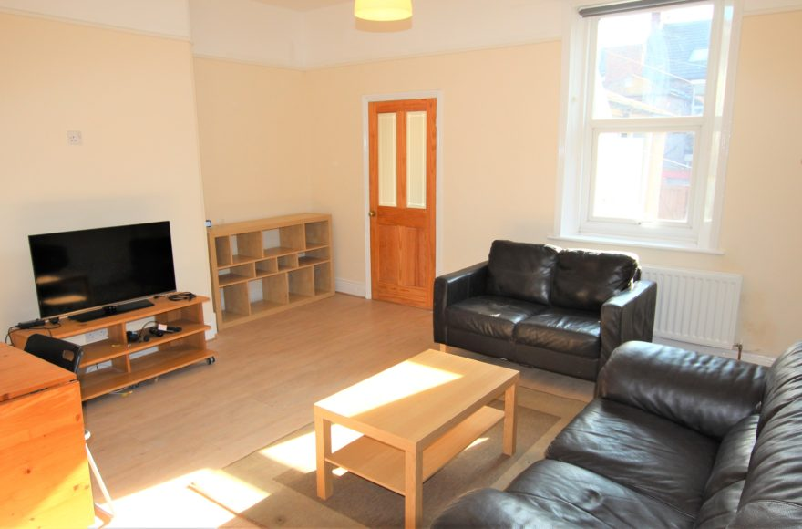 Newly Fully Refurbished 4 Bedroom House To Let Brandon Grove Sandyford Newcastle Upon Tyne