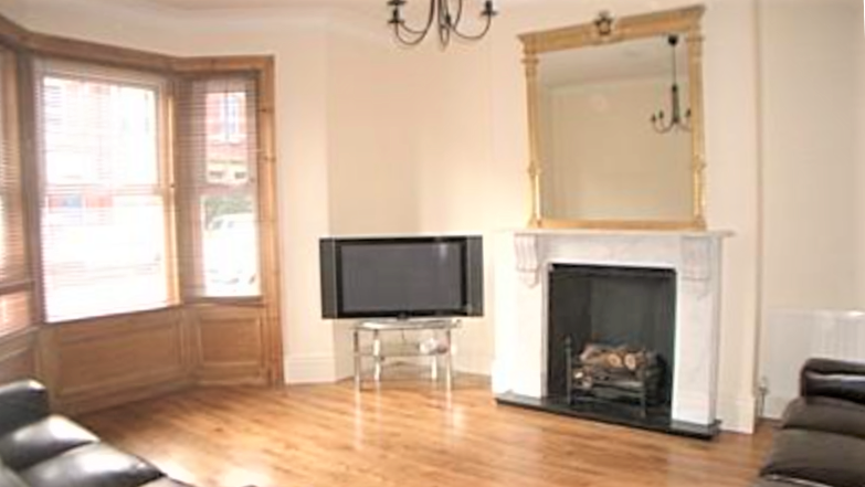 Probably The Best 8 Bed (all en-suite) Student House To Let in Jesmond on Buston Terrace Newcastle