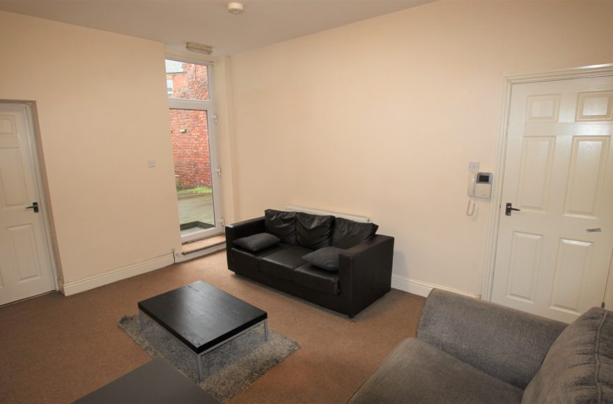 Excellent Student / Professional 3 Double Bed Flat To Let Bayswater Rd Jesmond Newcastle Upon Tyne