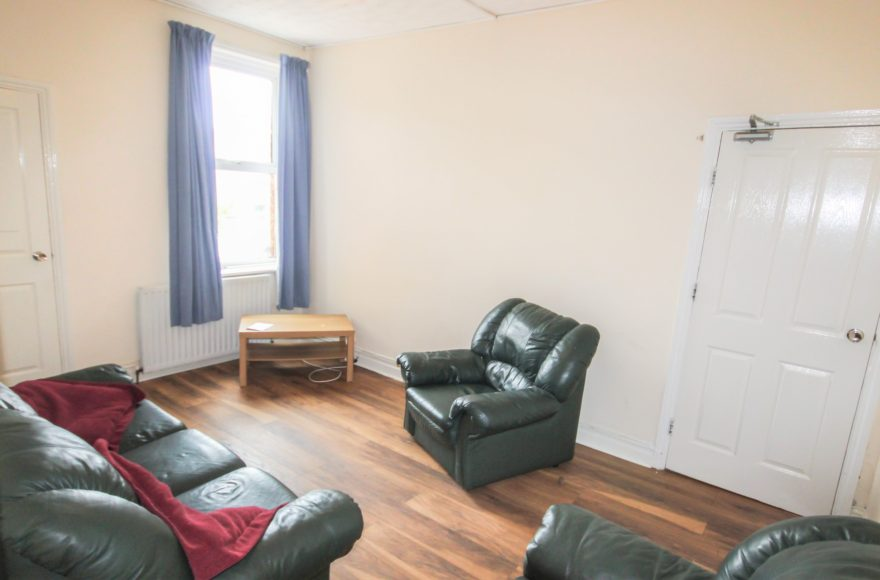 Great Location 4 Bed Student or Professional Flat To Let Amble Grove Sandyford Newcastle Upon Tyne