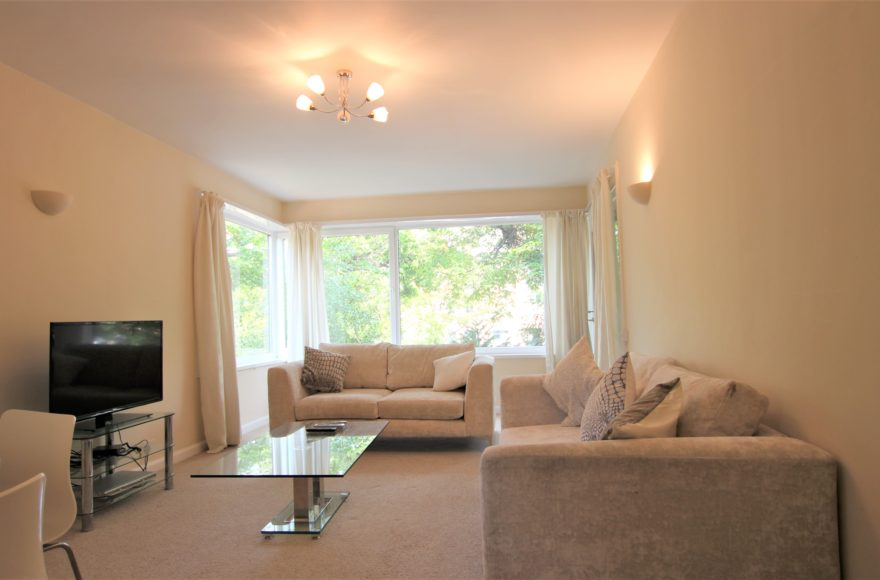 2 Bed 2 Bath Flat To Let in Blythswood (Osborne Rd) one of the best buildings in Jesmond / Newcastle