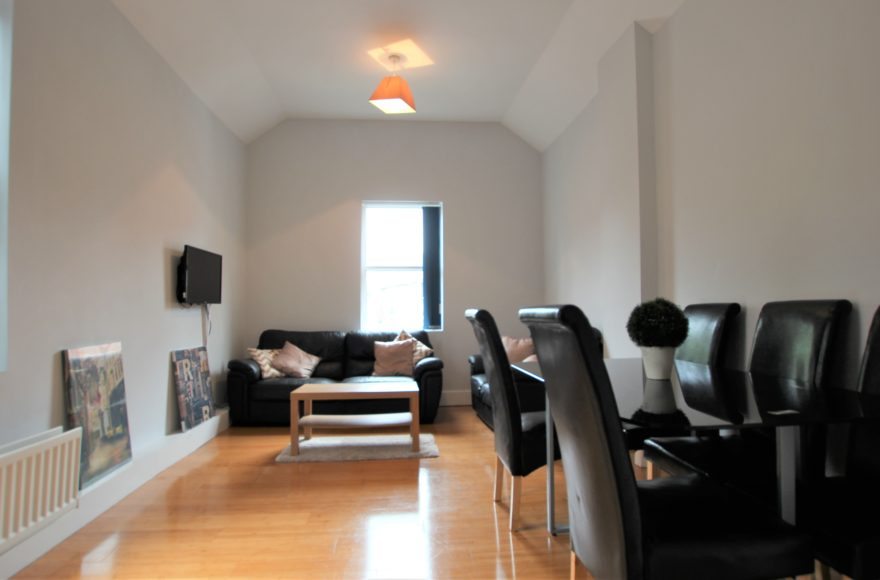 Superb & Very Large 4 Double Bed Upper Apartment To Let Heaton Rd Heaton Newcastle Upon Tyne
