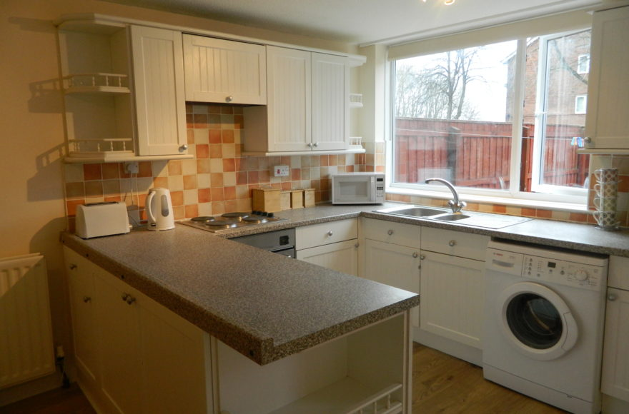 All Bills Inclusive 4 Bedroom Family / Professional House To Let St Ann's Close Newcastle Upon Tyne