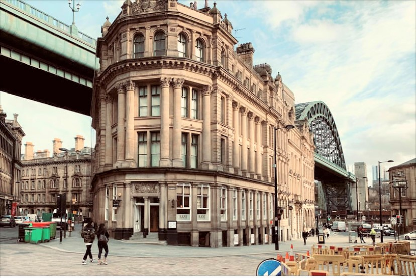 Totally Cool 2 Bedroom City / Quayside Apartment To Let 2 Phoenix Apartments Newcastle Upon Tyne