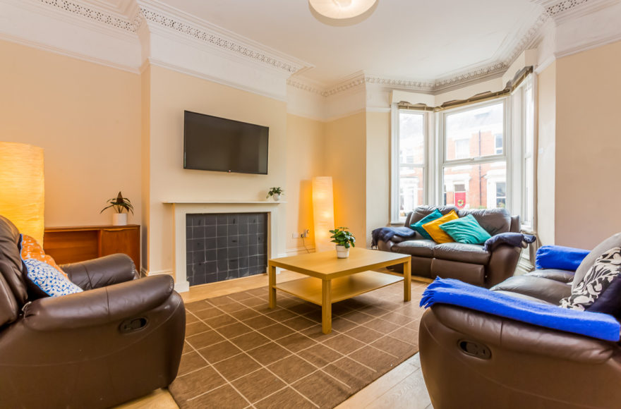 See Video as First Come First Serve 6 Beds Sunbury Ave for 6 Lucky Students Wanting Top Jesmond Life