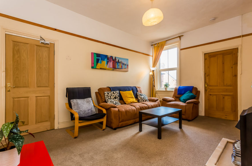 Large But Cozy 4 Bed Maisonette To Let on the Popular Ashleigh Grove Jesmond Newcastle Upon Tyne